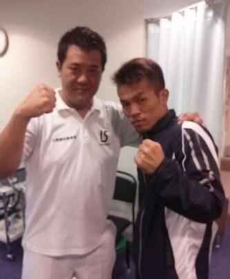 花形ジムの伊藤圭太選手と、山上ジムの石井健司選手